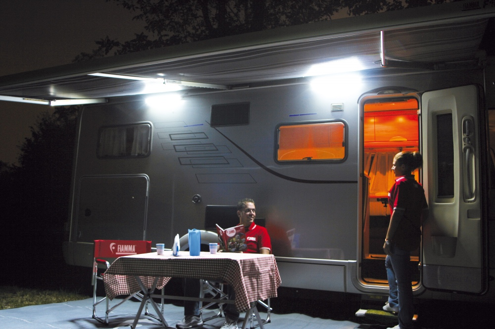 Fiamma led awning light kit for Eclairage interieur caravane