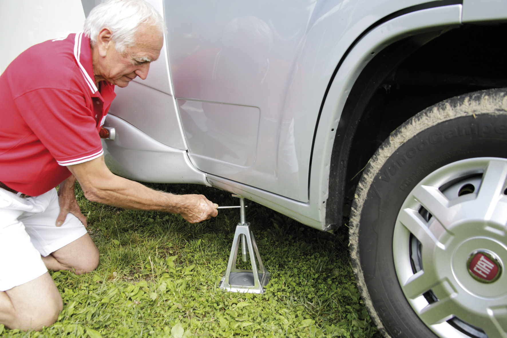 Fiamma Jacks and Steadies for caravans and motorhomes